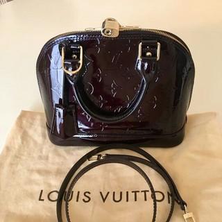 LOUIS VUITTON - ❤超美品❤ルイヴィトン  ヴェルニライン アルマBB ハンドバッグ