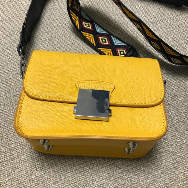 ZARA(ザラ)のZARAショルダーバック レディースのバッグ(ショルダーバッグ)の商品写真