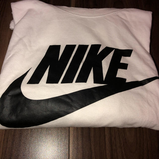 NIKE - 【NIKE】白Tシャツ