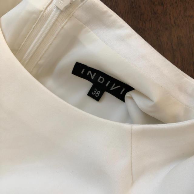 INDIVI(インディヴィ)のINDIVI  ホワイト 清楚系ワンピース Mサイズ レディースのワンピース(ひざ丈ワンピース)の商品写真