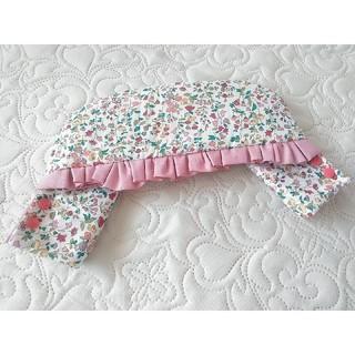 ベビービョルン(BABYBJORN)のベビービョルン 首まわりカバー 花柄×くすみピンク(外出用品)