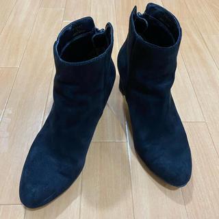ジーユー(GU)のブラック ショートブーツ サイズ L(ブーツ)