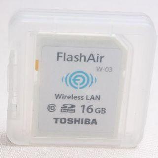 トウシバ(東芝)の❤️大容量でお買い得❤️TOSHIBA FlashAir SDカード 16GB✨(デジタル一眼)