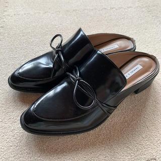 チャールズアンドキース(Charles and Keith)のCHARLES & KEITH チャールズアンドキース スリッポン ローファー (ローファー/革靴)