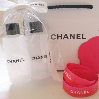CHANEL  Travel Cosmetics Atomizer(コフレ/メイクアップセット)