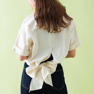 VANNIE U バックリボン シャツ 半袖(シャツ/ブラウス(半袖/袖なし))