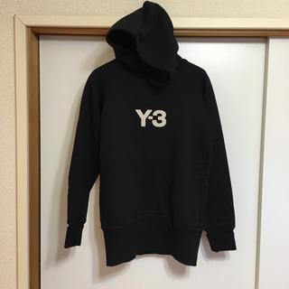 ワイスリー(Y-3)のロゴ入り Y-3 パーカー(パーカー)