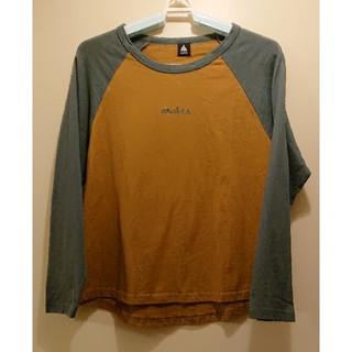 メルロー(merlot)のmerlot の長袖Tシャツ(Tシャツ(長袖/七分))