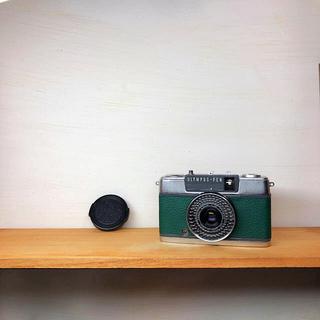 オリンパス(OLYMPUS)のOLYMPAS PEN EE-2【GREEN】整備品、完動品、キャップ付(フィルムカメラ)