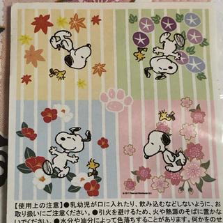 ピーナッツ(PEANUTS)の四季の花 ☆ スヌーピー  ペーパーナプキン(収納/キッチン雑貨)