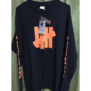 アンディフィーテッド(UNDEFEATED)のアンディーフィーテッド チャンピオン コラボUNDEFEATEDロンT(Tシャツ/カットソー(七分/長袖))