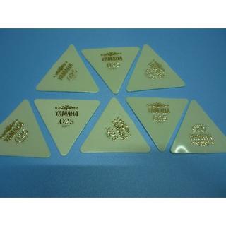 YAMAHA 正三角形ピック 8枚セット  厚さ:025 (長期在庫品) 白(その他)