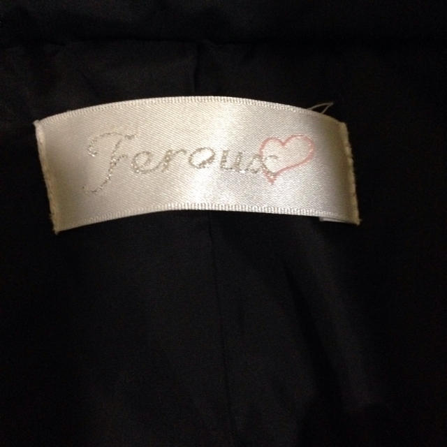 Feroux(フェルゥ)のFeroux☆ふんわり黒ダウンショート丈 レディースのジャケット/アウター(ダウンコート)の商品写真