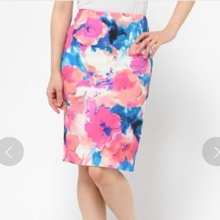 グレースコンチネンタル(GRACE CONTINENTAL)の【未使用】グレースコンチネンタル 花柄スカート(ひざ丈スカート)