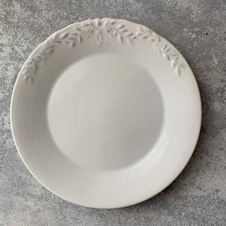 ザラホーム(ZARA HOME)の【まとめ買い割引します】zarahomeのアンティーク風ホワイト大皿(食器)