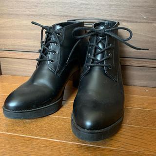 ユニクロ(UNIQLO)のUNIQLO shoesレースアップヒール黒23.5cm(ブーツ)