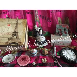 フランス パリ 小物 飾り 貴族 置物 ビンテージ ジュエリーボックス アリス (置物)