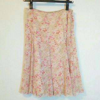 アルファキュービック(ALPHA CUBIC)のアルファキュービック 花柄スカート(ひざ丈スカート)