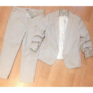 エイチアンドエム(H&M)の新品*H&Mセットアップスーツ ベージュ(スーツ)
