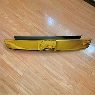 トヨタ(トヨタ)のヴェルファイア 30前期 バックドアガーニッシュ ゴールドメッキ加工 美品(車種別パーツ)