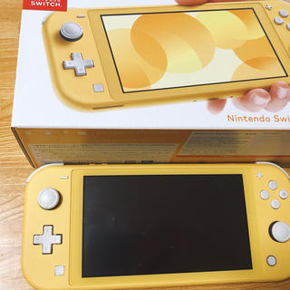 ニンテンドースイッチ(Nintendo Switch)のNintendo Switch Lite スイッチライト本体 イエロー【中古】(家庭用ゲーム機本体)
