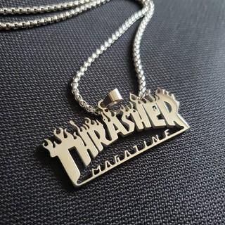スラッシャー(THRASHER)のTHRASHERペンダント ネックレス シルバー  サージカルステンレス 新品(ネックレス)