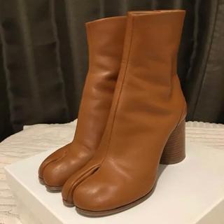 ドゥーズィエムクラス(DEUXIEME CLASSE)の★マルジェラ 足袋ブーツ ブラウン 37  新品同様(ブーツ)