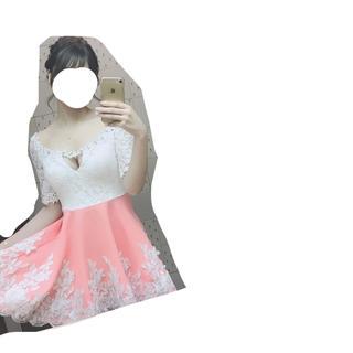 ローブ(ROBE)の ROBE de FLEURS   ウエスト切り替えビジュードレス(ナイトドレス)