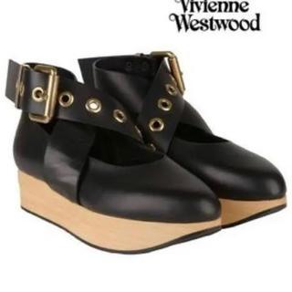 ヴィヴィアンウエストウッド(Vivienne Westwood)のバックルバレリーナ(ローファー/革靴)