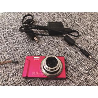カシオ(CASIO)のジャンク扱い 充電器付き CASIO EXILIM EX-ZS150(コンパクトデジタルカメラ)