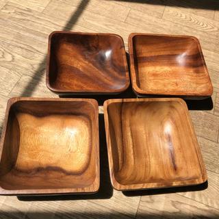 ソウカモッカ(草花木果)のアカシア サラダボウル 15cm✖️15cm  木の皿(食器)