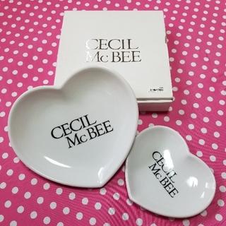セシルマクビー(CECIL McBEE)のCECIL McBEE ロゴ入り ハート型プレート 大・小  (合計4枚セット)(食器)