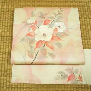 白地にピンクのぼかしと椿 名古屋帯(帯)
