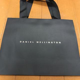 ダニエルウェリントン(Daniel Wellington)のDANIEL WELLINGTON 紙袋(ショップ袋)
