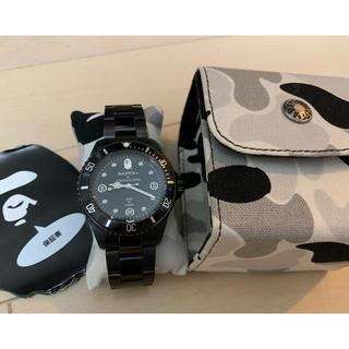 アベイシングエイプ(A BATHING APE)のAPEエイプBAPEX自動巻ブラックアウトモデル箱保証書付き美品(腕時計(アナログ))