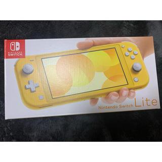 ニンテンドースイッチ(Nintendo Switch)のNintendo Switch Lite イエロー (家庭用ゲーム機本体)