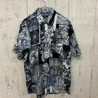 ファンキーフルーツ(FUNKY FRUIT)の神秘総柄半袖シャツ(シャツ/ブラウス(半袖/袖なし))
