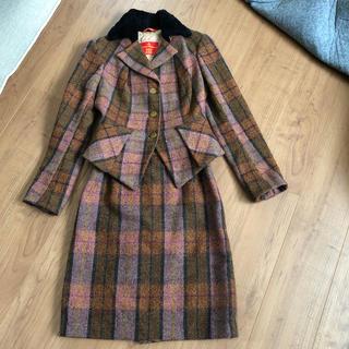 ヴィヴィアンウエストウッド(Vivienne Westwood)のヴィヴィアン ウエストウッド vivienne セットアップ スーツ(スーツ)