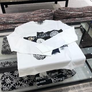 シャネル(CHANEL)の新品未使用/CHANEL 新作 ロンT (Tシャツ(長袖/七分))