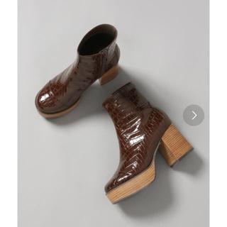 ジーナシス(JEANASIS)のタグ付き新品 JEANASIS タートルヒールブーツ(ブーツ)