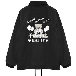 ケイティー(Katie)のkatie ケイティ SOUVENIR BEAR coach jacket(ナイロンジャケット)