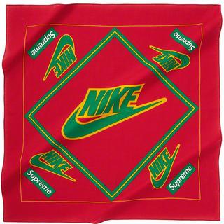 シュプリーム(Supreme)のSupreme®/Nike® Bandana RED 赤 レッド(バンダナ/スカーフ)
