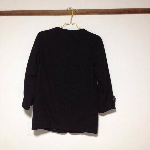 Adam et Rope'(アダムエロぺ)のアダムエロペ ノーカラーコート 黒 レディースのジャケット/アウター(ロングコート)の商品写真