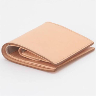 ムジルシリョウヒン(MUJI (無印良品))のMUJI(無印良品)イタリア産ヌメ革 二つ折り財布 生成 新品(財布)