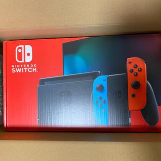 ニンテンドースイッチ(Nintendo Switch)のNintendo Switch 本体 ネオンブルー 新品(家庭用ゲーム機本体)