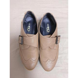 ワンアフターアナザーナイスクラップ(one after another NICE CLAUP)のベルト付き厚底パンプス(ローファー/革靴)
