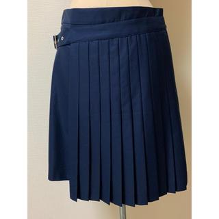サルヴァトーレフェラガモ(Salvatore Ferragamo)のタグ付きフェラガモ 変形プリーツスカート ネイビー 40(ひざ丈スカート)