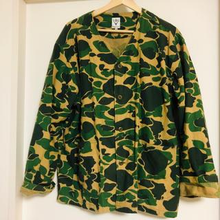 エスツーダブルエイト(S2W8)のサウスツーウエストエイト  カモ柄ノーカラーシャツジャケット(シャツ)