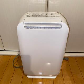 ヒタチ(日立)の【値下げ!】日立 衣類乾燥除湿機 高性能デシカント方式HJS-D562(加湿器/除湿機)
