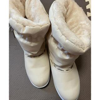 アディダス(adidas)のadidasスノーブーツ 24cm(ブーツ)